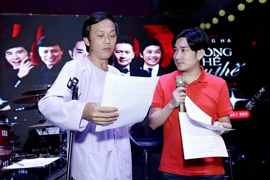 Hoài Linh miệt mài tập luyện cho liveshow của Quang Hà