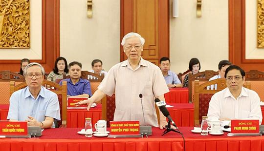 Lấy ý kiến nguyên lãnh đạo Đảng, Nhà nước về dự thảo Báo cáo chính trị