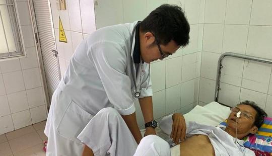 30 phút cứu sống bệnh nhân xuất huyết không cần phẫu thuật