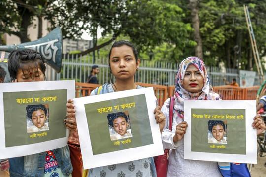 16 người lĩnh án tử hình vì thiêu sống nữ sinh ở Bangladesh