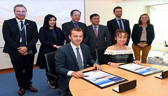 Vietjet và Airbus ký kết hợp đồng 20 tàu bay A321XLR
