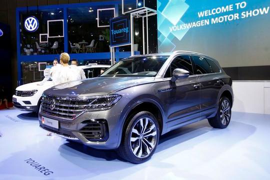 """Tịch thu xe Volkswagen có """"đường lưỡi bò"""", xử phạt công ty nhập khẩu"""