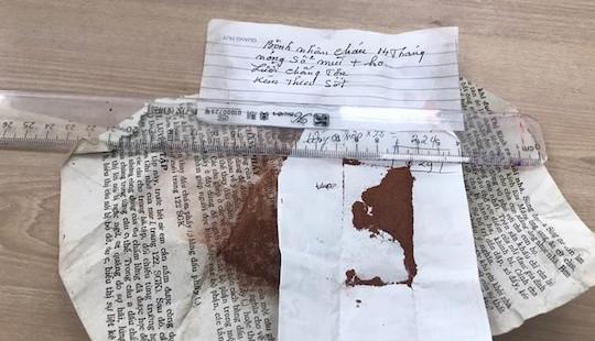 """Tin vào """"thần dược"""" thuốc cam, trẻ 14 tháng bị ngộ độc chì nặng"""