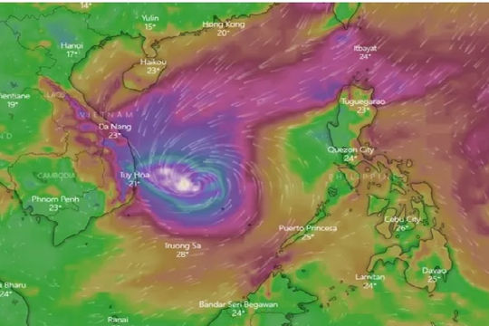 Ảnh hưởng của bão số 6: Sân bay đóng cửa, hủy hàng chục chuyến bay