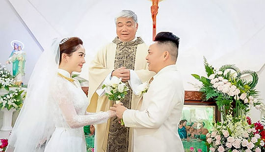 An ninh được thắt chặt trong lễ cưới Bảo Thy và ông xã doanh nhân