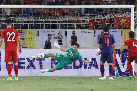 Việt Nam giữ vững ngôi đầu bảng G sau trận hòa Thái Lan