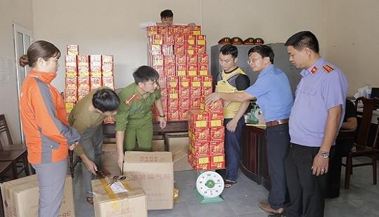 Hà Tĩnh: Khởi tố đối tượng buôn bán hơn nửa tấn pháo nổ