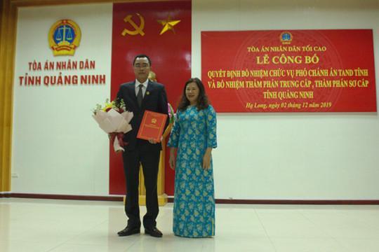 Trao quyết định bổ nhiệm Phó Chánh án TAND tỉnh Quảng Ninh