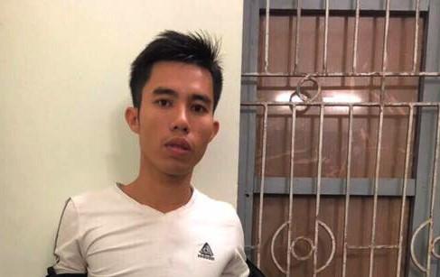 Bắt thanh niên chuyên cướp ở tiệm tóc, quán massage