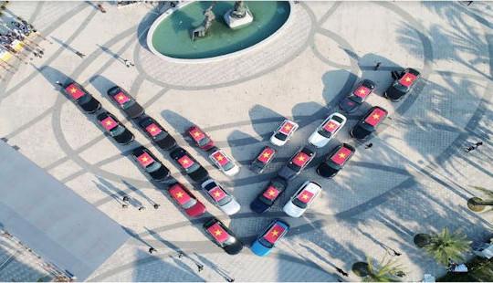 Gần 100 xe VinFast khởi động hành trình 1.000km chinh phục địa đầu Tổ quốc
