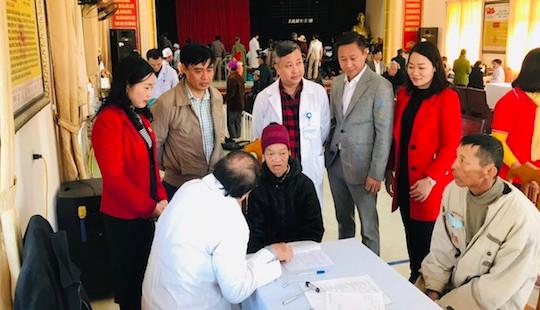 Hàng ngàn người dân ở Thanh Hóa được khám, sàng lọc bệnh miễn phí