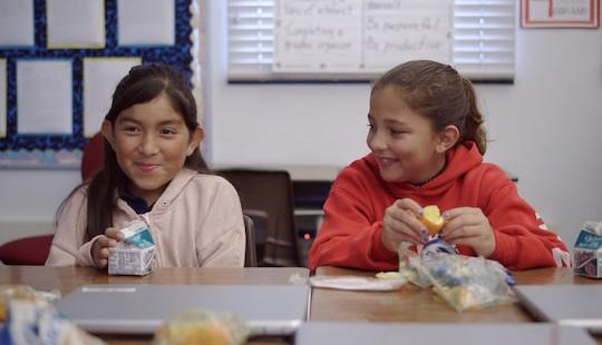 Sữa học đường phải có 21 vi chất dinh dưỡng: Chuyên gia nói gì?