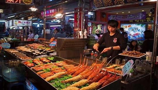 Thỏa mãn vị giác tại 3 khu chợ đêm nổi tiếng ở Cao Hùng, Đài Loan