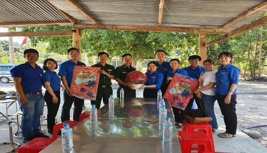 Chi đoàn TAND tỉnh Tây Ninh với chương trình Xuân tình nguyện – Xuân biên giới năm 2020
