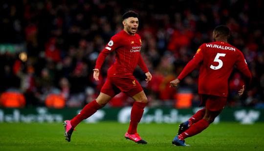 Liverpool củng cố ngôi đầu bảng sau chiến thắng hủy diệt Southampton