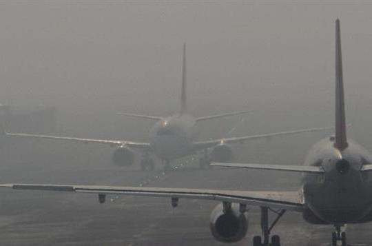 5 chuyến bay không thể hạ cánh xuống Nội Bài vì sương mù