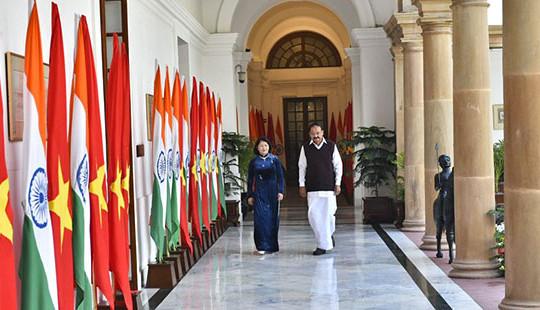 Phó Chủ tịch nước Đặng Thị Ngọc Thịnh hội đàm, hội kiến các nhà lãnh đạo Ấn Độ