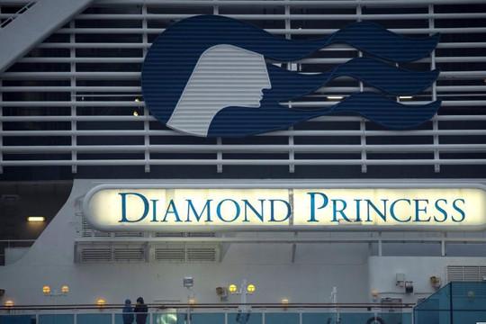 Nhật Bản cho phép hành khách âm tính với virus rời tàu Diamond Princess từ ngày 19/2