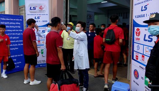 Một thành viên CLB Đà Nẵng bị cách ly vì sốt cao bất thường