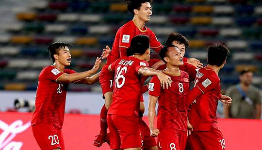 ĐT Việt Nam hưởng lợi khi lịch thi đấu bị hoãn do dịch Covid-19