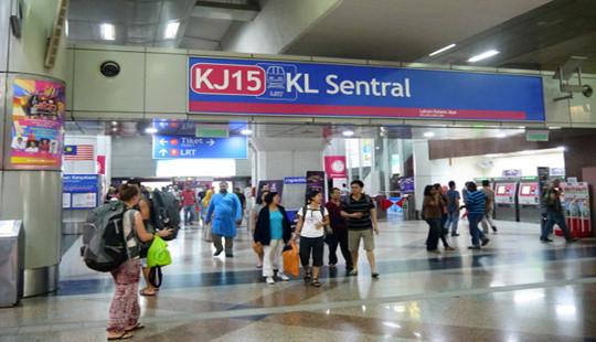 Malaysia tìm kiếm 5000 người trên toàn quốc nghi nhiễm Covid-19