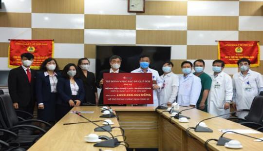 Doji chia sẻ khó khăn với hai bệnh viện tuyến đầu chống dịch