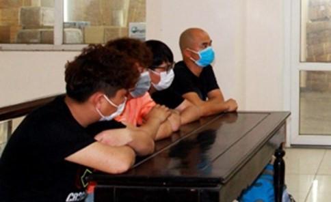 Trục xuất 4 người Trung Quốc nhập cảnh trái phép vào Việt Nam