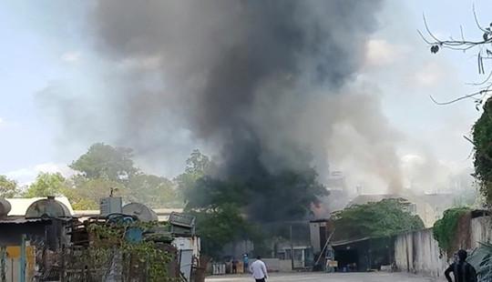 Cháy lớn tại công ty trong khu công nghiệp Tân Tạo