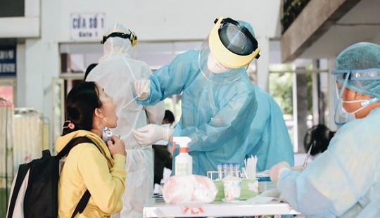 Ga Sài Gòn triển khai lấy mẫu xét nghiệm Covid-19 cho tất cả hành khách