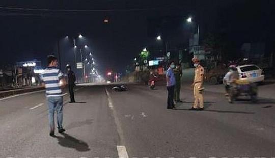 Ngăn gần 100 đối tượng đua xe trái phép, một cảnh sát bị thương nặng