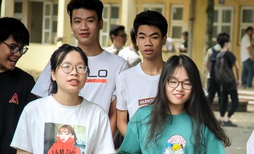 Học sinh vừa học vừa ngóng những thay đổi của kỳ thi THPT quốc gia