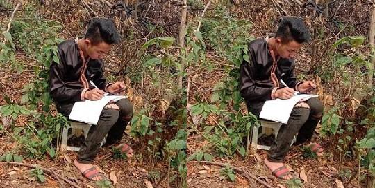 Cậu học trò dân tộc Mông ở lán học bài nuôi ước mơ thoát nghèo