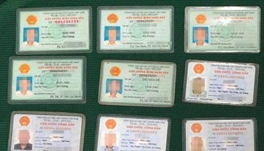 Báo cáo Bộ Công an vụ cụ ông có 12 chứng minh thư và căn cước công dân