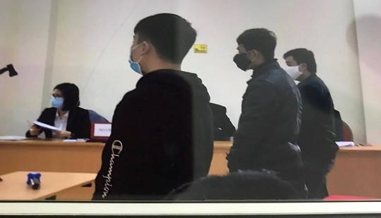 Phạt tù nhóm thanh niên đua xe trái phép ở khu vực hồ Hoàn Kiếm