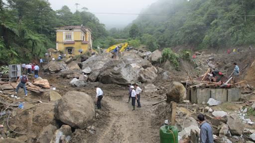 Lai Châu: Mưa đá, giông lốc khiến 3 người tử vong