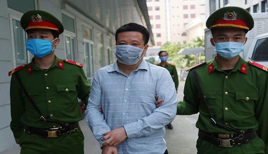 Bị cáo Hà Văn Thắm tiếp tục lĩnh thêm bản án 10 năm tù