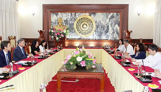 Phó Chánh án TANDTC Nguyễn Thúy Hiến tiếp xã giao Giám đốc quốc gia KOICA