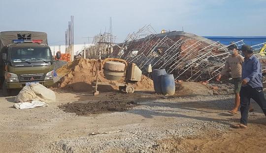 Sập công trình xây dựng ở Đồng Nai, 10 người chết