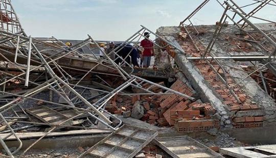 Tạm giữ 3 người trong vụ sập công trình làm 10 người chết