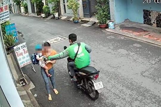 Đã bắt lái xe ôm Grab cướp điện thoại của người phụ nữ