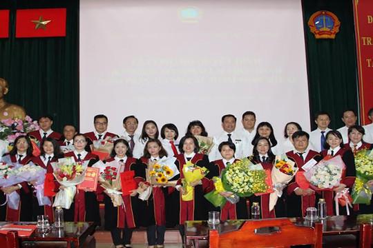 TAND TP Hồ Chí Minh: Công bố và trao quyết định bổ nhiệm Thẩm phán sơ cấp, trung cấp