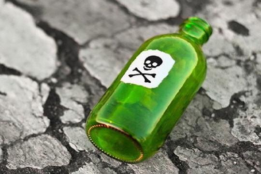Gã đàn ông bỏ thuốc độc vào nguồn nước uống của gia đình người tình