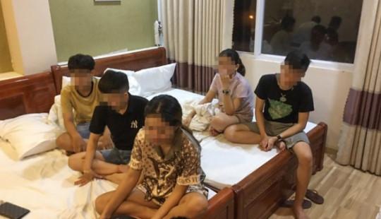 11 nam nữ thuê khách sạn sử dụng ma tuý