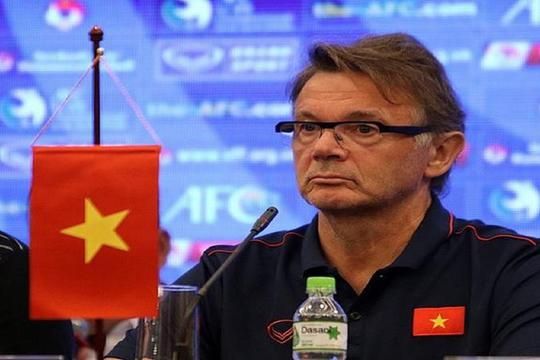 """HLV Troussier: """"Tôi muốn đưa Việt Nam đến World Cup 2021"""""""