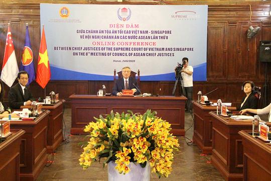 Chánh án TANDTC Việt Nam điện đàm với Chánh án Tòa án tối cao Singapore