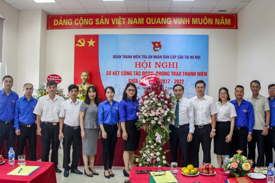 Hội nghị sơ kết công tác đoàn, phong trào thanh niên giữa nhiệm kỳ TAND cấp cao tại Hà Nội
