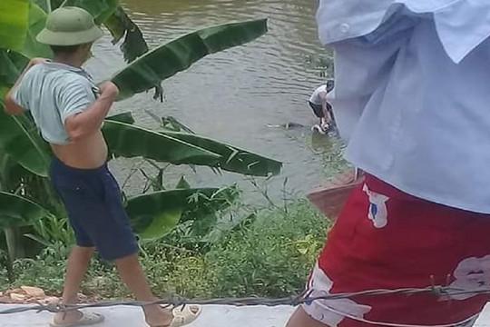 Ba nữ sinh lớp 9 chết đuối khi tắm suối