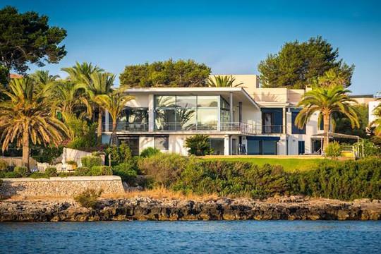"""Chuộng biệt thự biển, giới nhà giàu không ngại """"xuống tiền"""""""