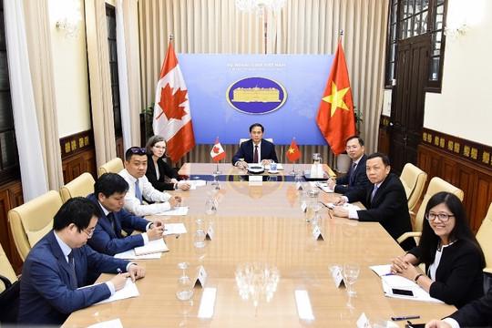 Việt Nam - Canada: Tạo điều kiện cho công dân mỗi nước hồi hương an toàn