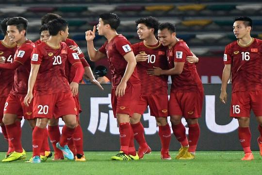 """HLV Park Hang-seo sẽ """"đổi gió"""" ĐT Việt Nam bằng 10 cầu thủ mới"""